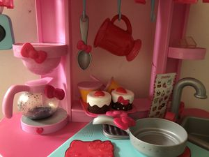 Hello kitty kitchen with accessories for Sale in Irwindale, CA