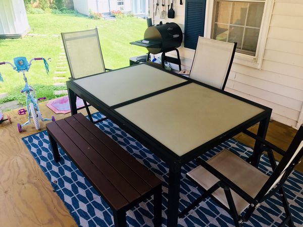 European Glass Patio Table set. Extends 2 additional feet