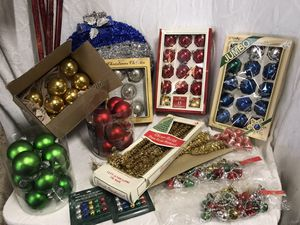 Huge Vintage Christmas Decor Lot for Sale in Raleigh, NC