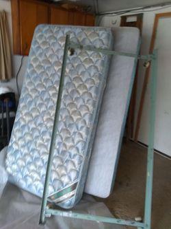 Sertapedic twin bed for Sale in Princeton,  IL