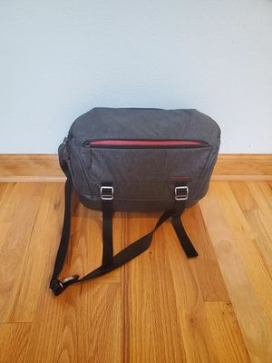 Peak Design Everyday Sling 10L Camera bag for Sale in Federal Way, WA