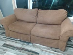 3 person sofa, (not loveseat) for Sale in Spartanburg, SC