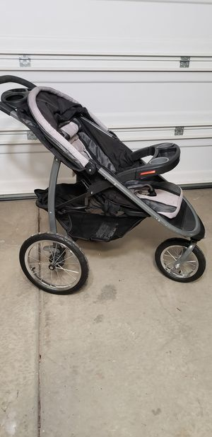 Graco®Click Connect™FastAction™ Fold Jogger Stroller for Sale in Upland, CA