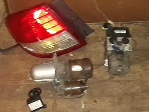 02-04 INFINITI I35 PARTS &- Need $ Best Offer for Sale in Westport, MA