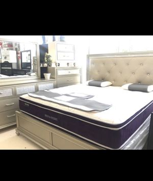 QUEEN SIZE BED FRAME AND DRESSER FOR SALE for Sale in Riverdale Park, MD