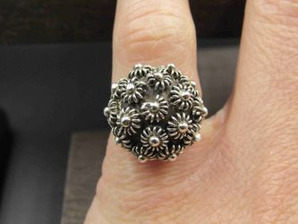 Size 5.25 Sterling Silver Odd Floral Orb Style Band Ring Vintage Statement Engagement Wedding Promise Anniversary Bridal Cocktail for Sale in Everett,  WA