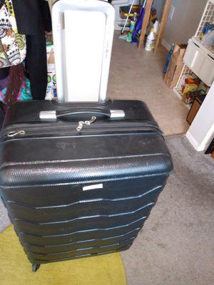 """27"""" Samsonite hard case suitcase for Sale in Alexandria, VA"""