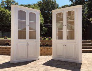 Set of 2 Wooden Corner Cabinets for Sale in Setauket- East Setauket, NY