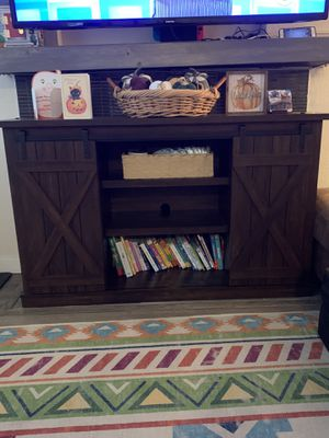 TV Stand for 60in TV for Sale in Kirkland, WA