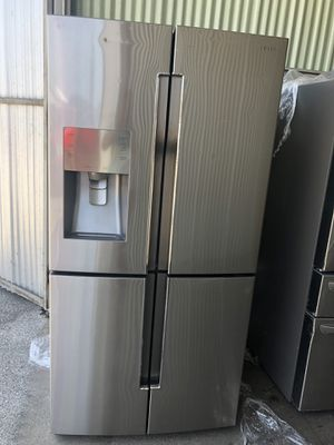 Samsung Refrigerator stainless 4 in good condition for Sale in San Antonio, TX