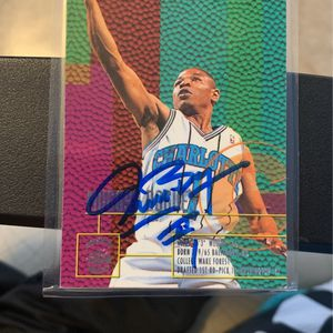 Muggey Bogues hand signed autograph laminated for Sale in McLean, VA