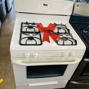 Gas Stove for Sale in Compton, CA