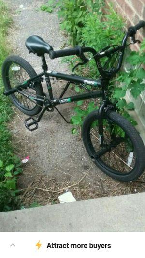 Black bmx bike (spinner pro model) for Sale in Detroit, MI