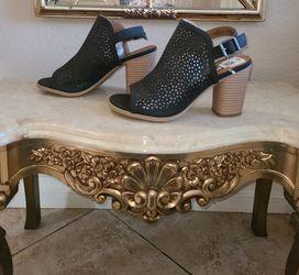 Heels 👠 Size 9W for Sale in Riverside,  CA