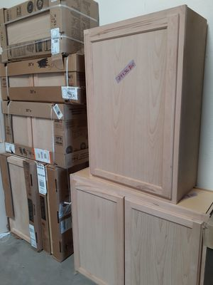SEVERAL UNFINISHED WALL KITCHEN GARAGE OR LAUNDRY CABINETS for Sale in Glendale, AZ