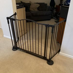 Dog Gate/ Baby Gate for Sale in San Antonio, TX