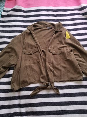 Plus size olive gree crop top and jacket brand new for Sale in Garden Grove, CA