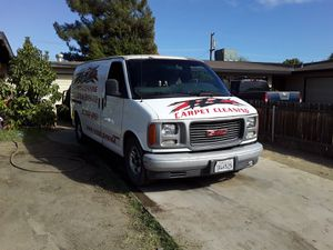 Parting out 2002 GMC Savanna good motor and transmission for Sale in Wasco, CA