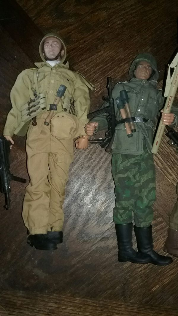 7 WWII Detailed Action Figures