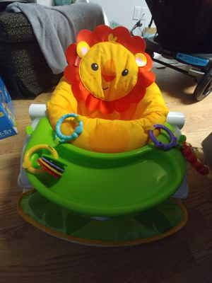 Fisherprice Baby sitting chair with tray for Sale in Vero Beach, FL