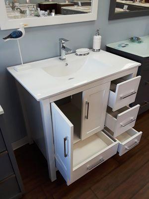 """36"""" bathroom vanities SALE for Sale in Coral Springs, FL"""