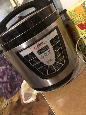Instant Pot - Pressure cooker 4.5 quarts for Sale in Fontana, CA