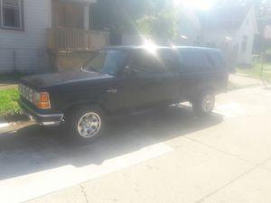 91 Ford Ranger five speed 4.0 for Sale in Detroit, MI