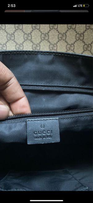 Gucci messenger bag for Sale in Dallas, TX