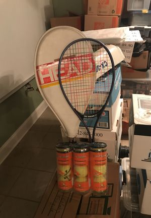 2 tennis rackets a package of 6 tennis balls for Sale in Chicago, IL