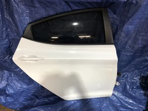 2011-2016 Hyundai Elantra rear door for Sale in Fort Lauderdale, FL
