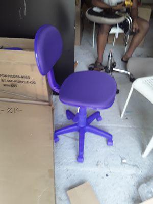 New purple kids rolling chair for Sale in Jonesboro, GA