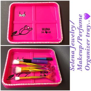 💖 SELENA JEWELRY/PERFUME/MAKEUP TRAY 💖 for Sale in Placentia, CA