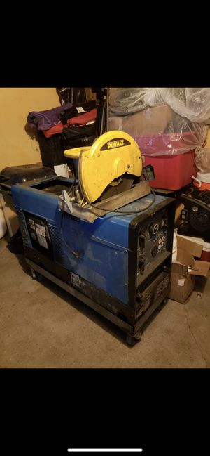 Miller bobcat 225 welder for Sale in Dallas, TX