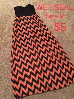 WET SEAL, Maxi Chevron Dress, Size M for Sale in Phoenix, AZ