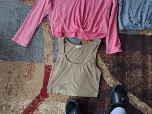 Aerie long sleeve tie front, olive green crop top,Hollister marble grey front, 2 cinched long sleeve tee one with hoodie for Sale in Audubon, NJ