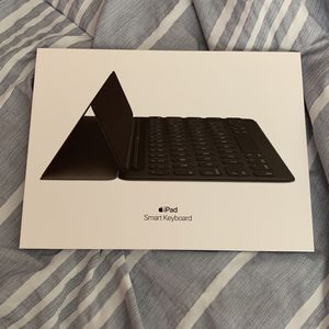 Brand New Apple Smart Keyboard for Sale in Fort Myers, FL