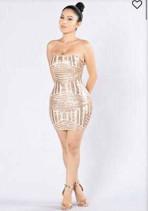 Rose gold homecoming dress for Sale in Douglasville, GA
