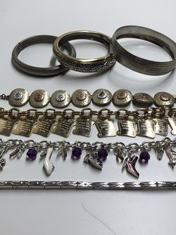 Lot Of 7 Bracelets for Sale in Collinsville,  IL