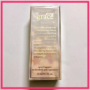 Philosophy Giving Grace Fragrance Perfume Spray - 0.5 fl.oz for Sale in Coronado, CA