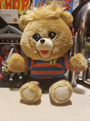 Vintage 80s teddy Ruxpin for Sale in North Las Vegas, NV