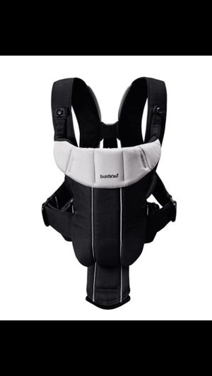 Baby Bjorn active carrier with back support for Sale in Fairfax, VA