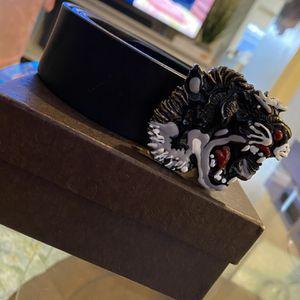 Gucci Belt tiger logo for Sale in Fort Belvoir, VA
