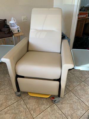 Dialysis home health chair for Sale in Cedar Hill, TX