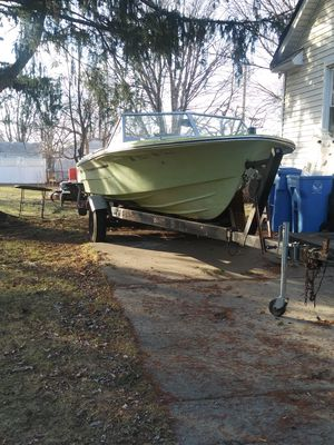 Boat motor and trailor. Merc 140. for Sale in Dearborn Heights, MI