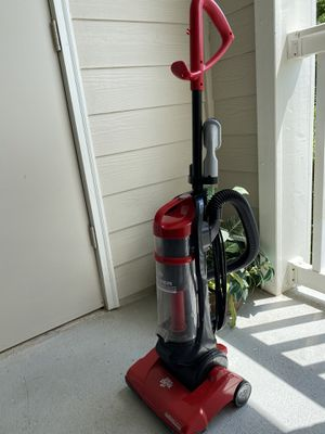 Dirt Devil vaccum cleaner for Sale in Alpharetta, GA