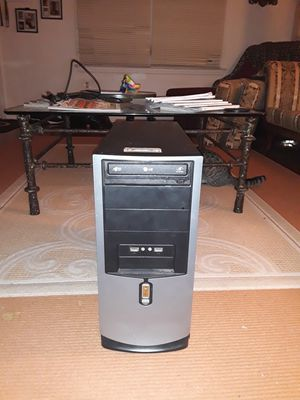 LG Desktop computer with WINDOWS Xp Professional for Sale in West Haven, CT