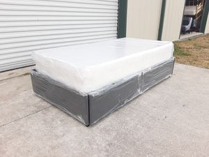 Gray platform twin bed for Sale in Tampa, FL