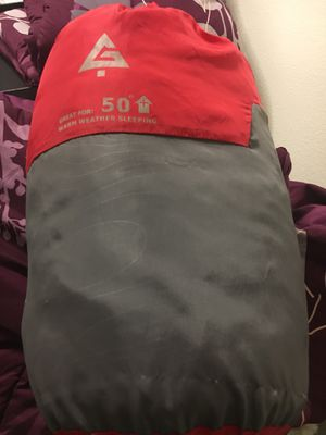 Sleeping bag (the zipper doesn't work) kids size for Sale in Rancho Cucamonga, CA