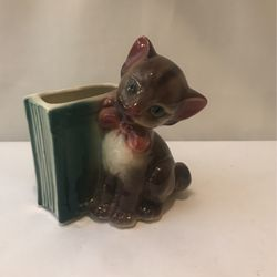 Vintage Royal Copley Pottery Kitten Bookend Planter for Sale in Morganton,  NC