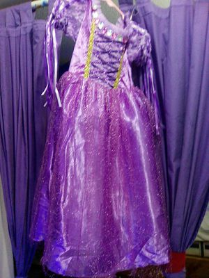 Repunzel Halloween costume with excesseries brand new for Sale in Margate, FL